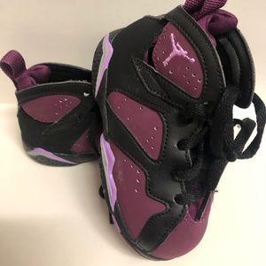 Jordan shoes size 7T